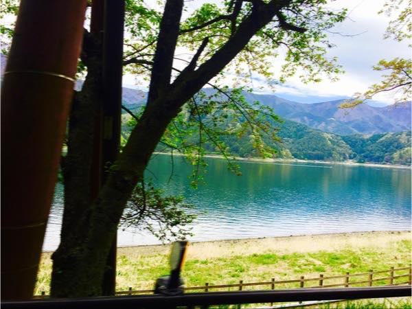 河口湖の湖畔