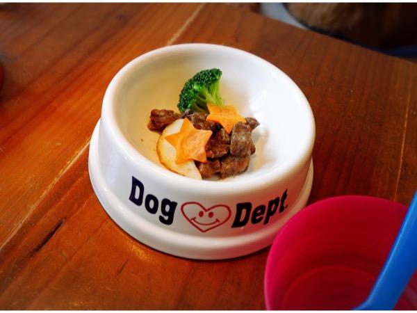 愛犬用のおいしそうな食事