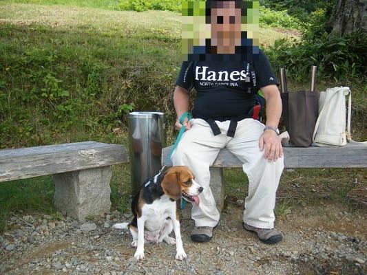 アルプの里で愛犬と記念撮影