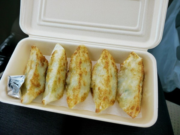 「ほっと♡はぼろ」の羽幌えびタコ餃子