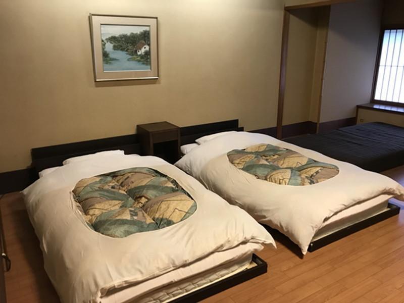 湯快リゾートよしのや依緑園の寝室