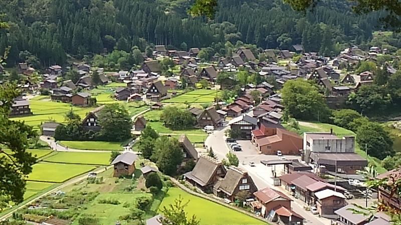 荻町城跡展望台からの白川郷の眺め