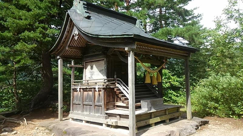 荻町城跡展望台の神社