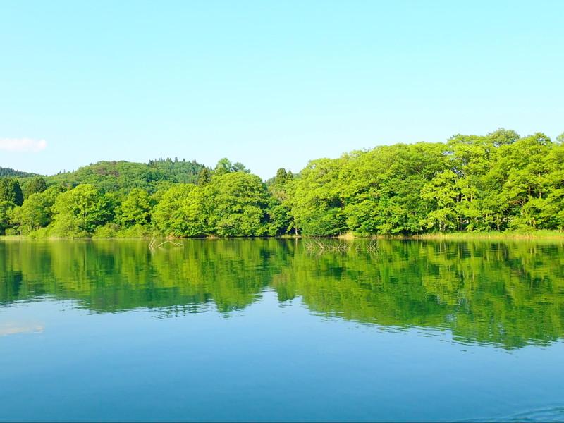 カヌーから見た猪苗代湖