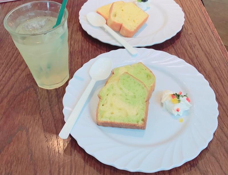 ららぽーと豊洲のドッグカフェ、ワンちゃん用メニュー、パウンドケーキ