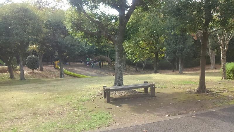 大庭城址公園内のちびっこ冒険広場